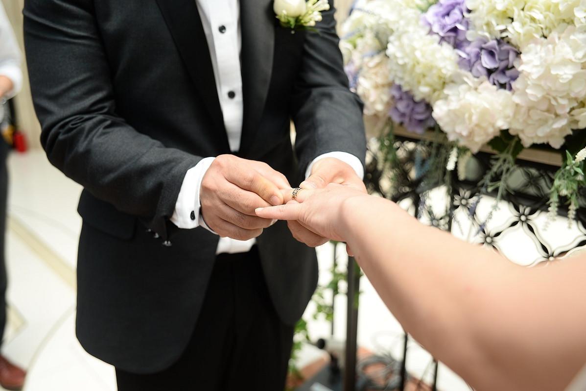 17fya9t2 Huwelijk